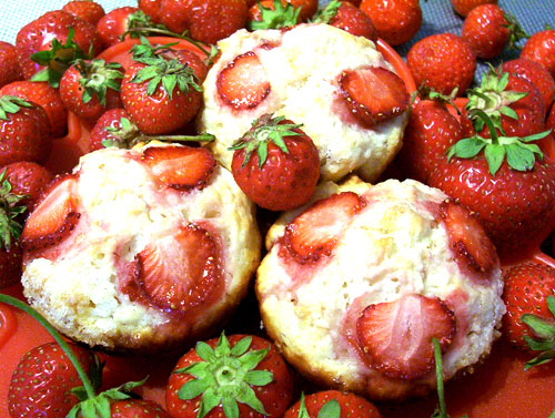 Strawberry Muffins recipe - 163 calories